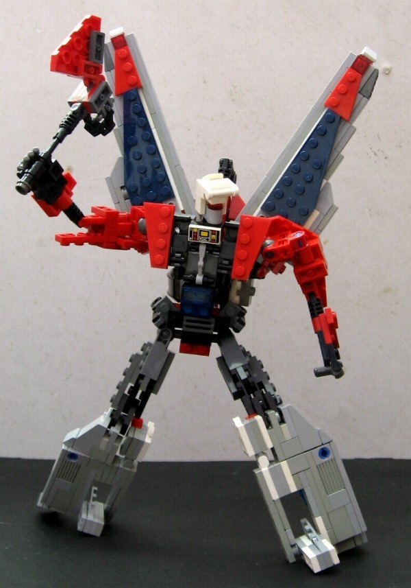 Transformers Generation 1 G1 Broadside robot mode