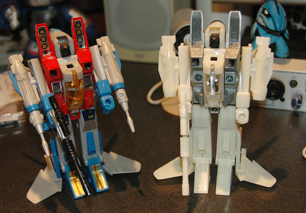 Transformers Collection #9 Starscream with prototype from Heero