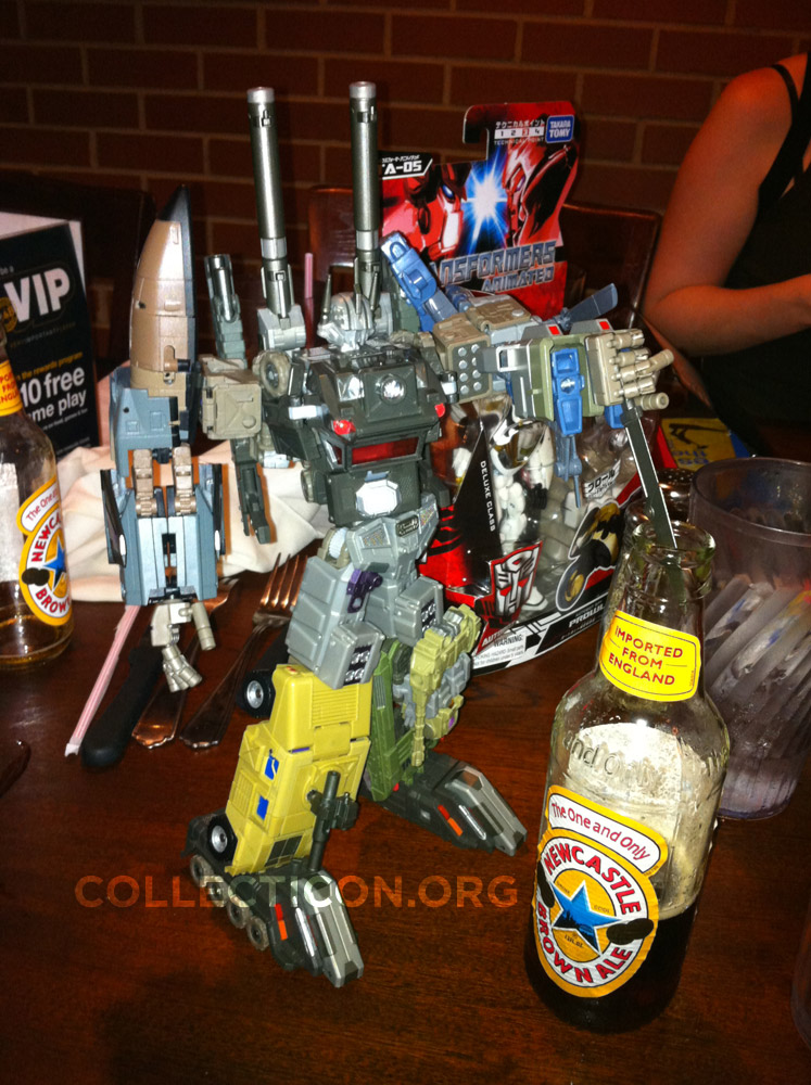 Fansproject Bruticus knife in beer