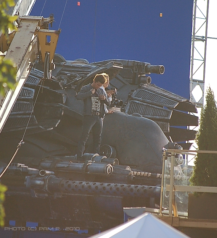 Transformers 3 Shockwave thrusters on set