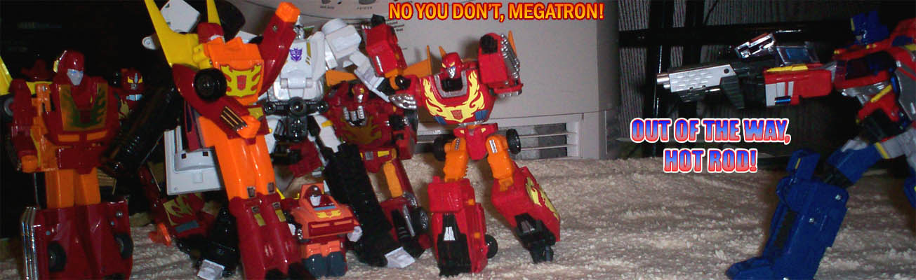 Hot Rodimii take on Megatron in the midst of his leader's climactic battle