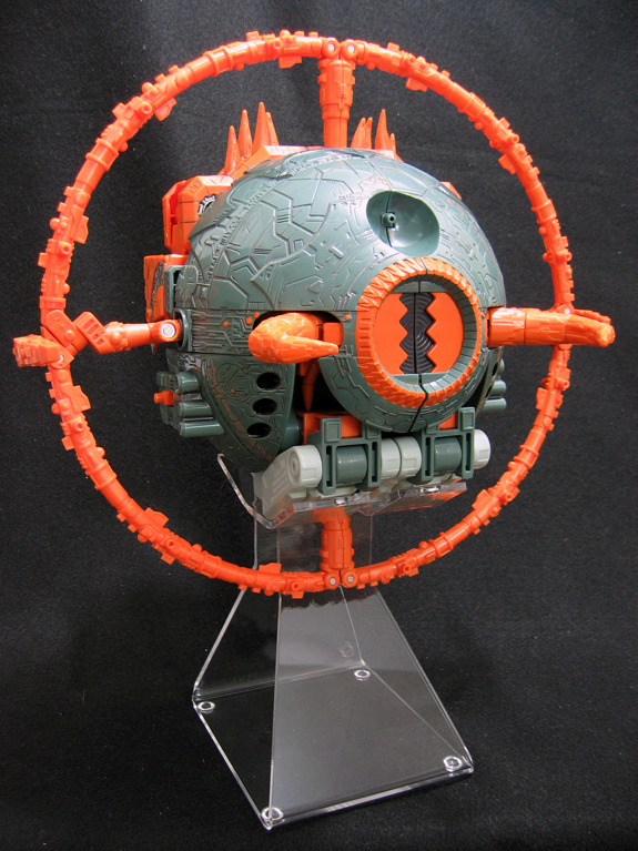 2011 new and improved unicron stand for planet mode from Brownnoize Productions