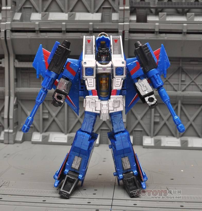 Hasbro Generations Thundercracker