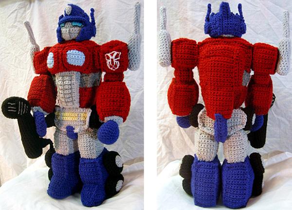 Cutimus Prime! – Crochet Optimus plush toy