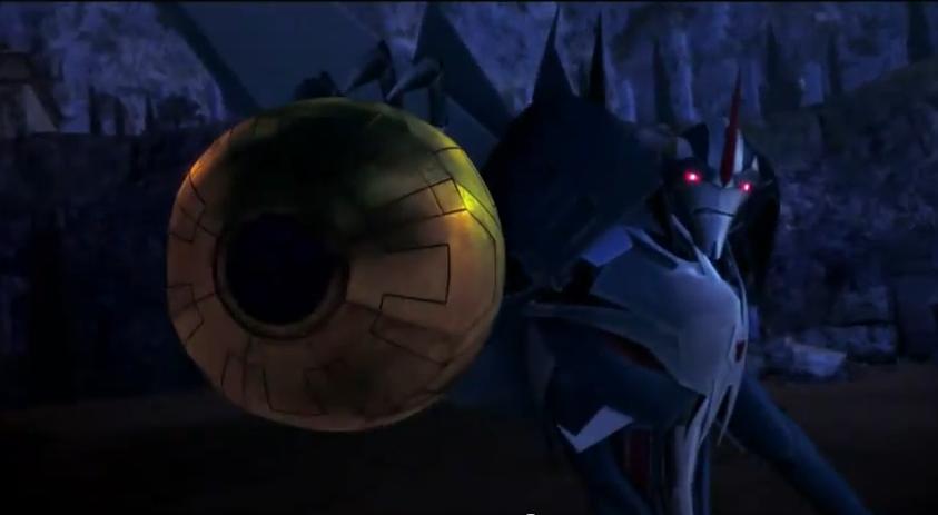Transformers Prime Starscream with energon harvester