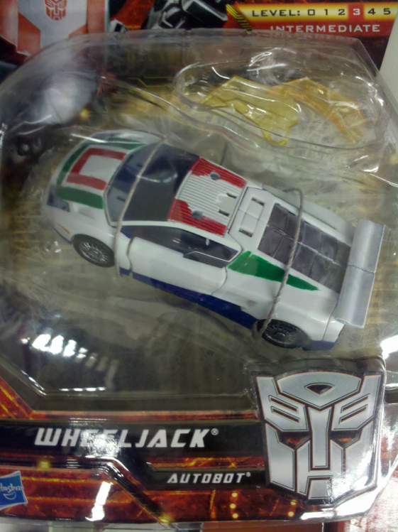 Generations Wheeljack fake repack returned to store