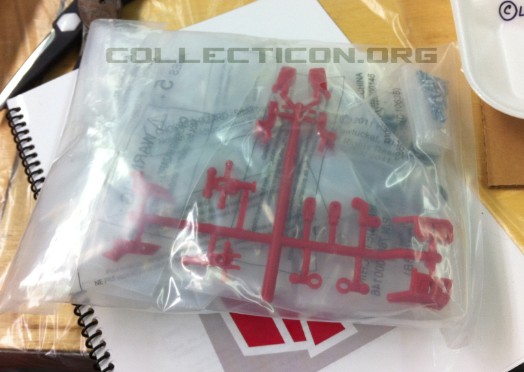 Botcon 2011 Animated Minerva sprue parts