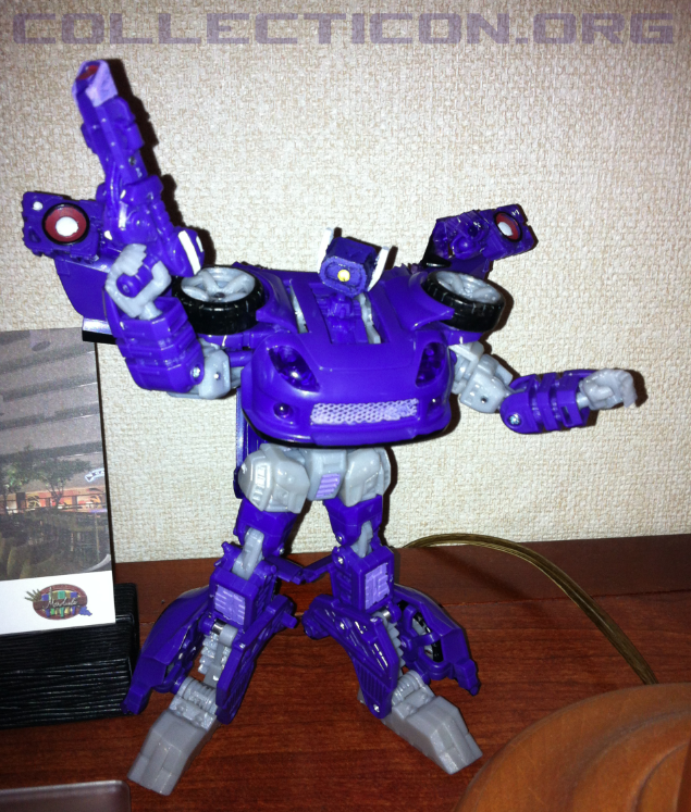 Botcon 2012 Custom Class Longarm shockwave finished