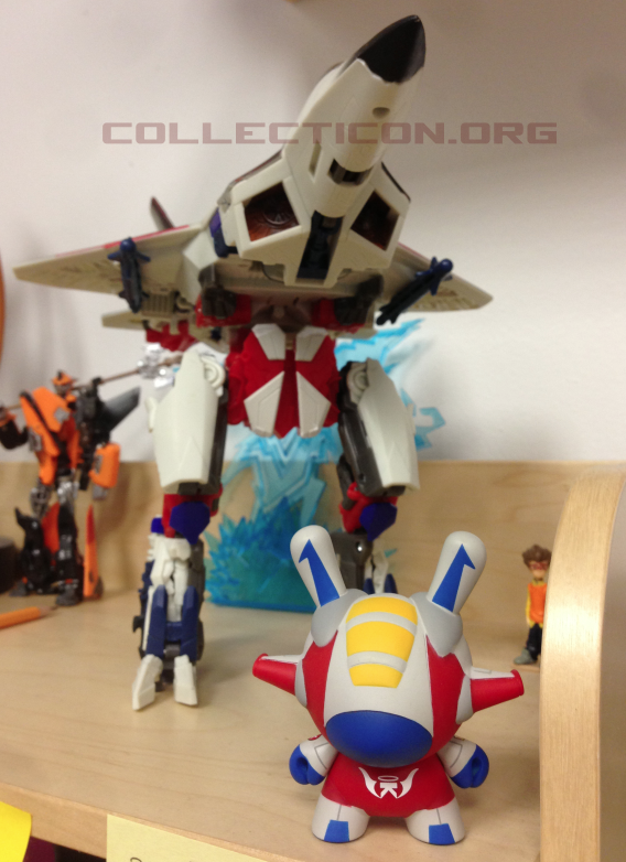 G1 Movie Leader Starscream with flight funny