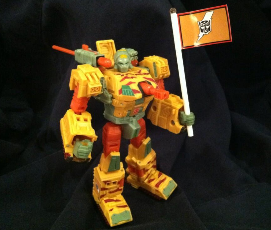 blastcharge-strika-clone-customizing-class-figure-botcon-2013