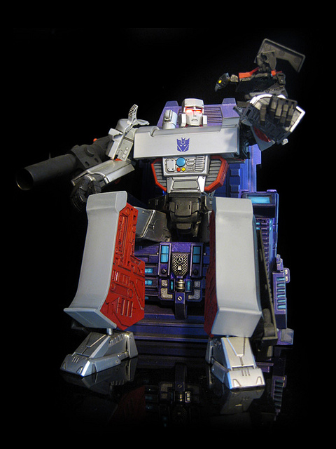 masterpiece-megatron-mp25