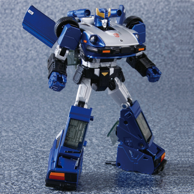 TakaraTomy answers long-time Transformers purist collectors' prayers – MP-18B Blue Bluestreak is born!