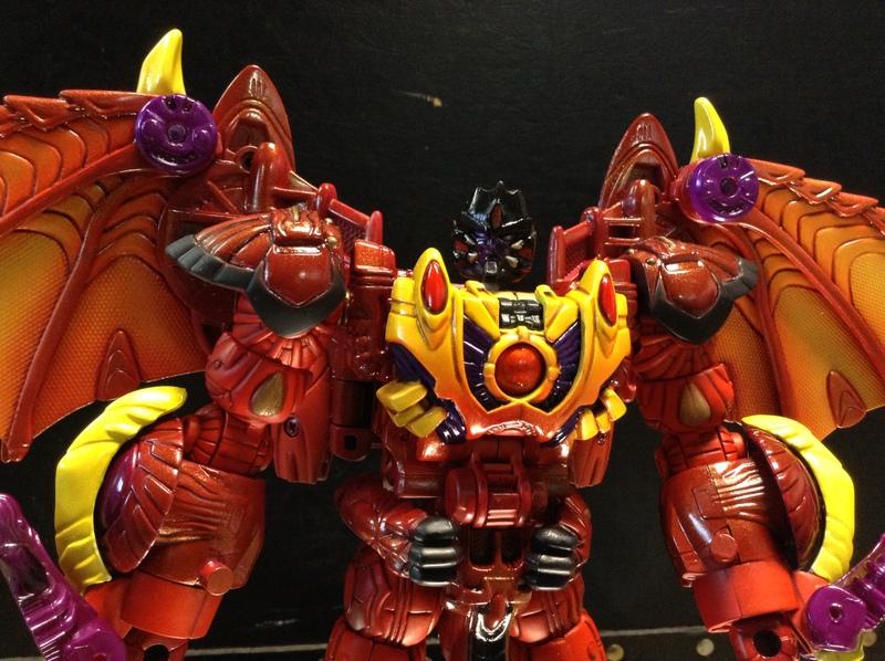 transmetal-megatron-beast-wars-dragon-botcon-2016