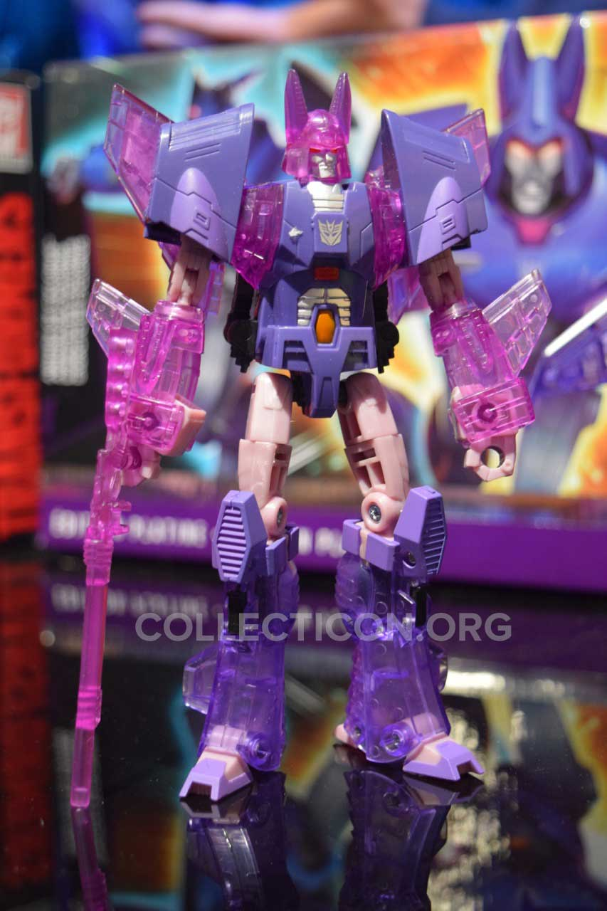 clear-cyclonus-platinum-toyfair2016