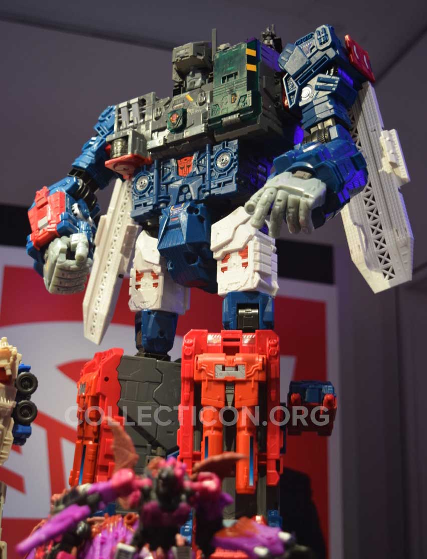 titans-return-fortress-maximus