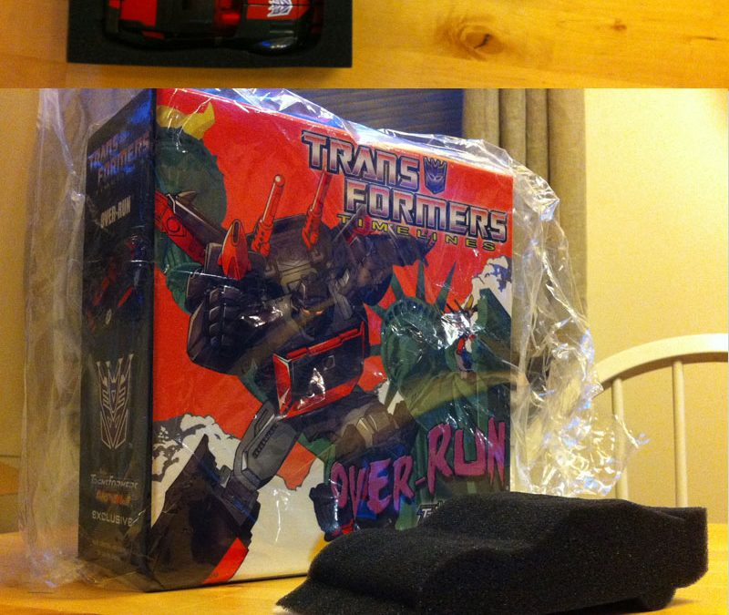Sellling some serious shit on Ebay for $.99- Botcon 2012, Shattered Glass, and more!