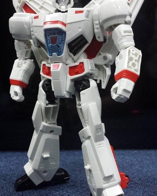 Generations Leader Jetfire is looking slick as heck