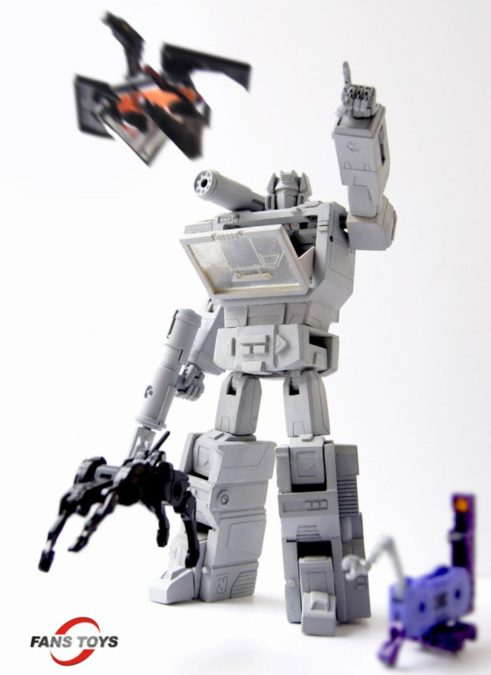 3rd party Masterpiece G1 Soundwave in the works?