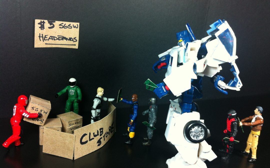 Shattered Glass Soundwave wants his headband!