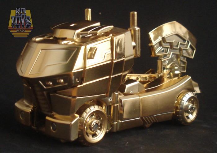 KOtoys Lucky Draw Animated Optimus Prime