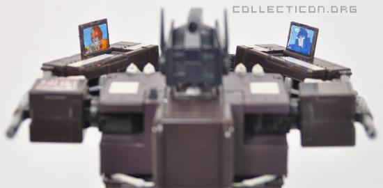 Masterpiece MP4S Convoy Sleep Mode arm communicators