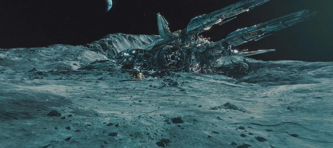 Transformers 3 trailer robot ship crashed on moon