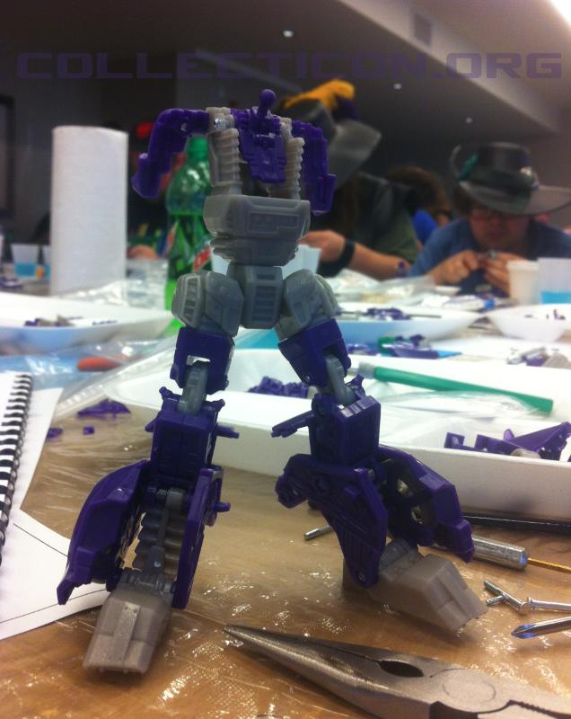 Botcon 2012 Shockwave torso