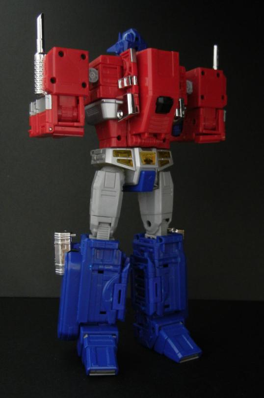 Ultra Magnus armor connect to MP-10 Optimus Prime