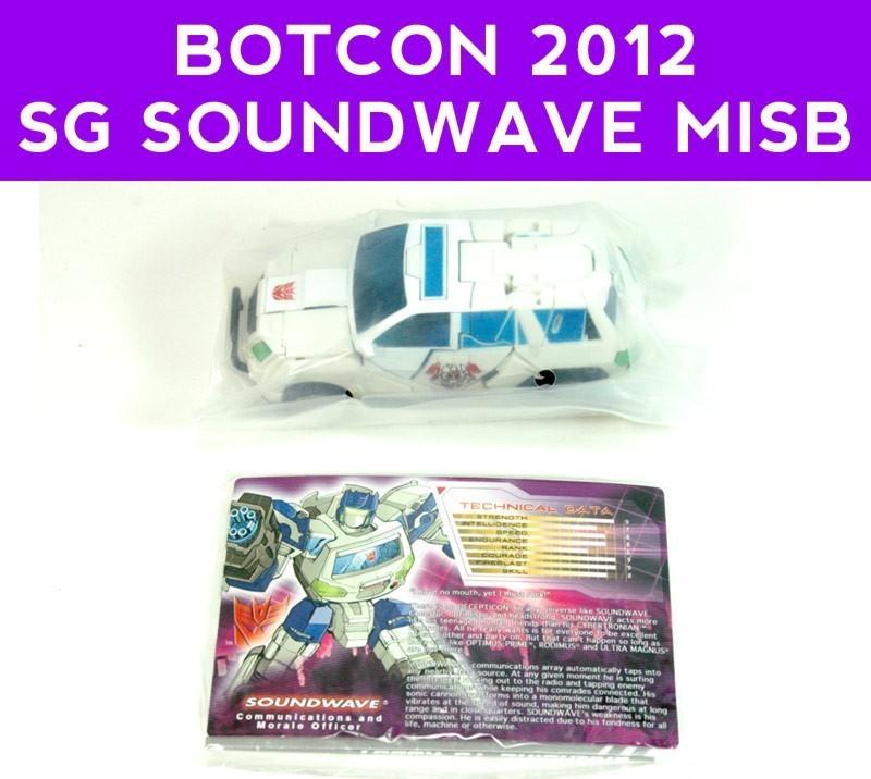 Transformers-botcon2012-SG-white-soundwave