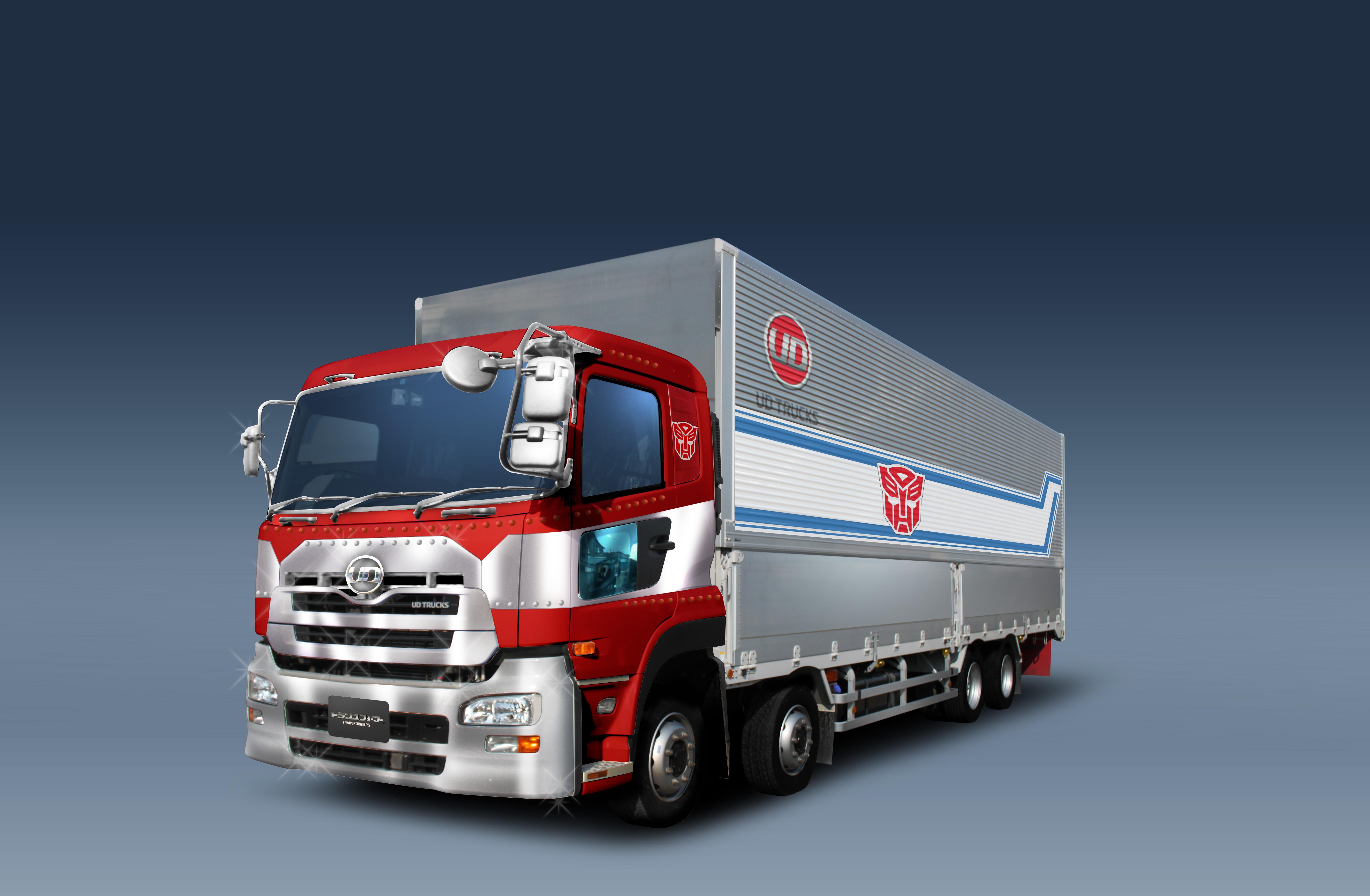 transformers-takaratomy-30th-anniversary-optimus-prime-semi