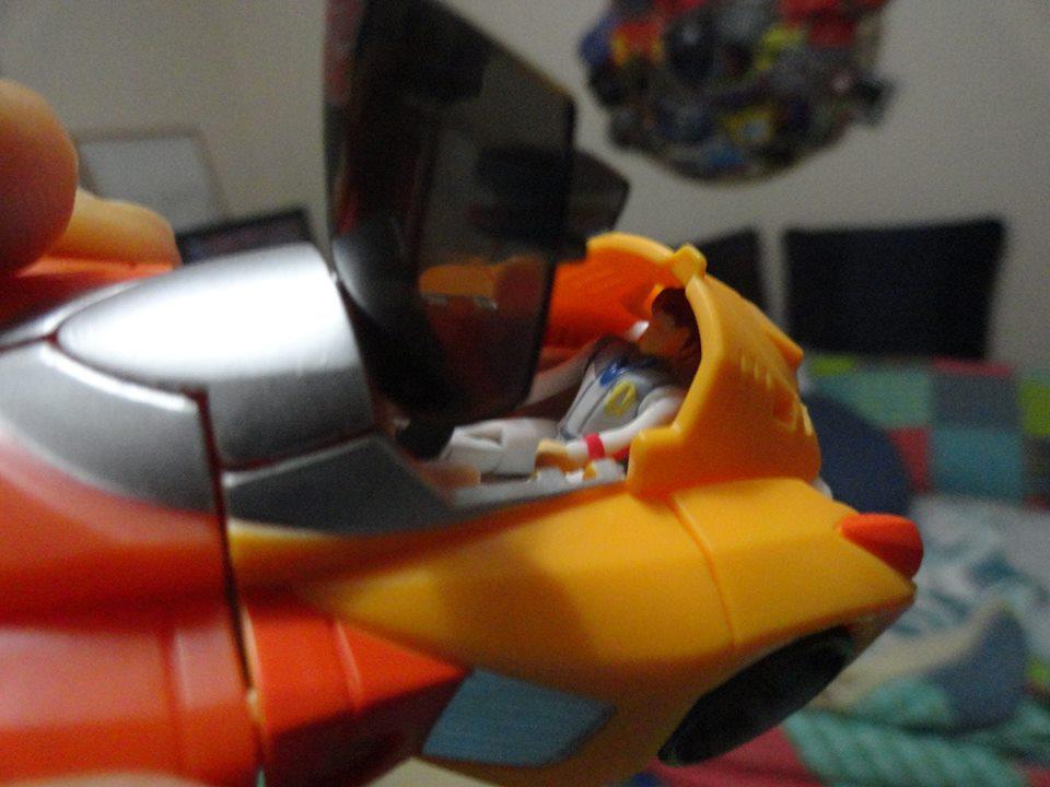 titans-return-wheelie-daniel-cockpit